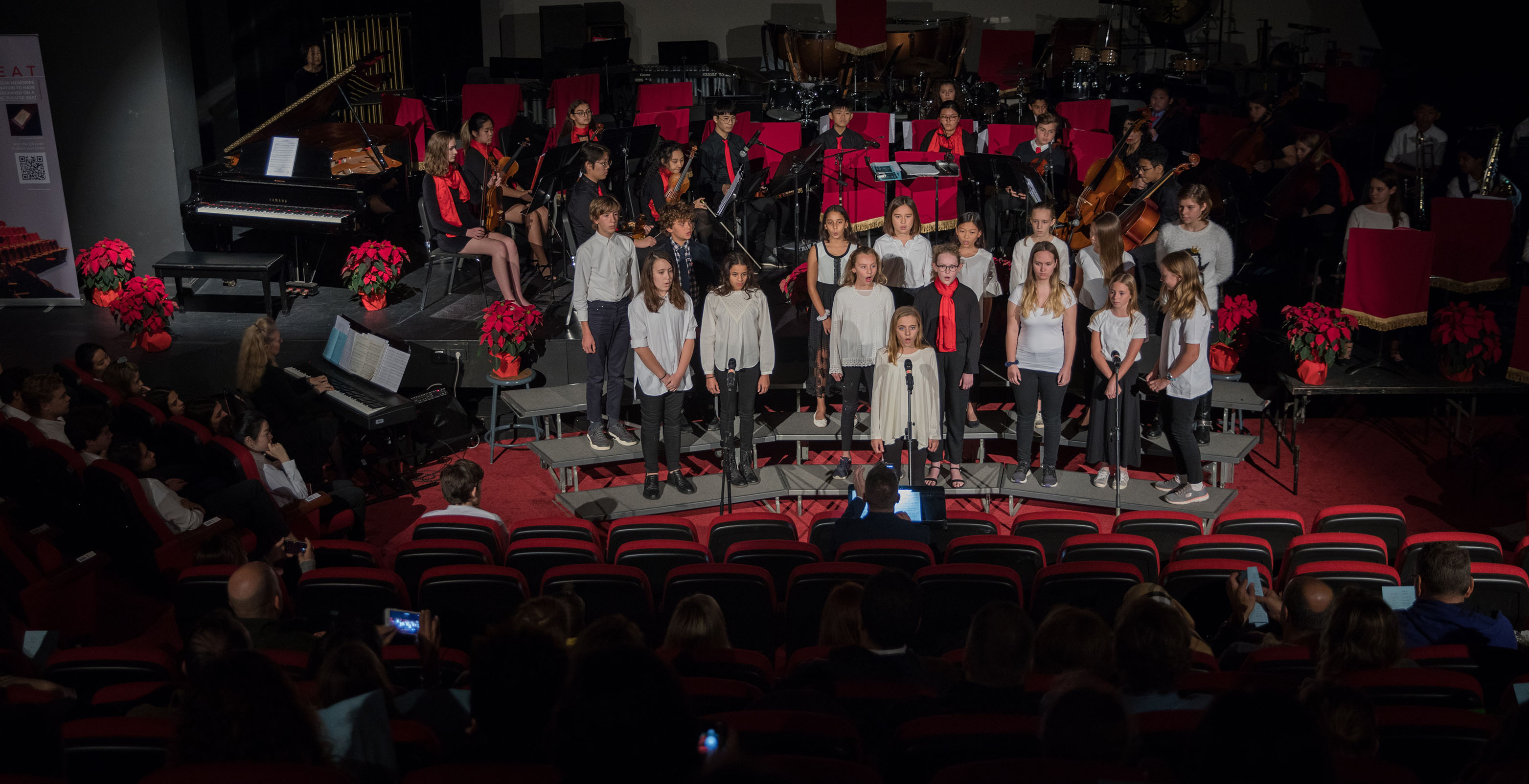 PerformingArts001